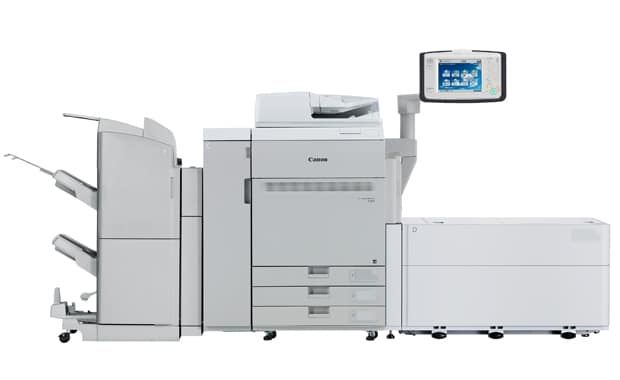 Mit dem neuen POD Deck Lite XL-A1 Bannerbogen-Duplex-Einzug können die Maschinen der Imagepress-C850-Serie nun auch Bannerformate bis 762 mm verarbeiten.