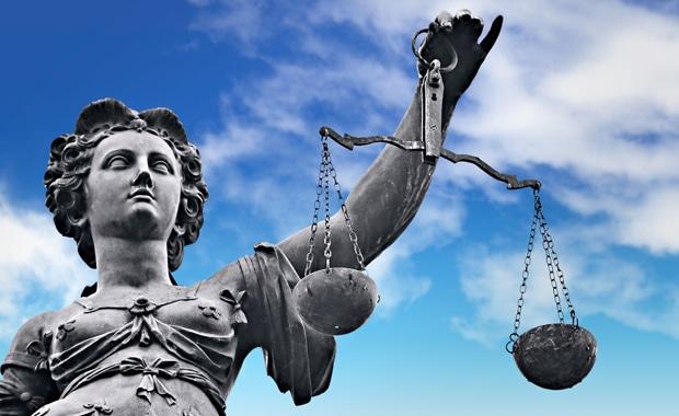 Recht Vertragsklauseln