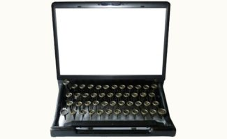 »Wir sind doch nicht mehr in 1985 und bei DTP«, ärgert sich Publishing-Spezialist Haeme Ulrich, »sondern in Zeiten von Cloud Publishing!«