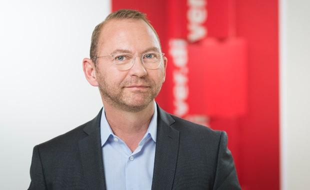 Frank Werneke, stellvertretender Verdi-Vorsitzender, auf den offenen Brief des BVDM-Verhandlungsführers Sönke Boyens, nun ebenfalls mit einem offenen Brief reagiert.