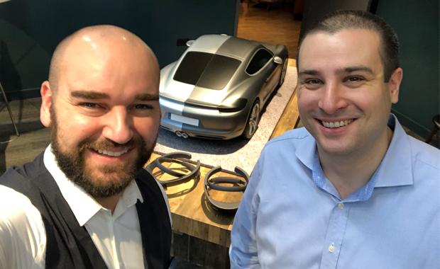 Mediendesign: Die treibenden Kräfte bei der Entwicklung der Mixed-Reality-App für Porsche Virtual Design: Pablo Kern (Meyle+Müller, links) und Philipp Bauknecht (Medialesson).