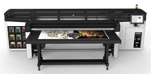 Die Comro Rohner AG produziert seit fast einem Jahr mit einem HP Latex R2000.
