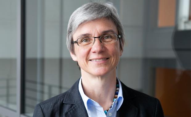 Digitale Transformation: Die neue Prorektorin an der HdM, Prof. Dr. Bettina Schwarzer, wird die Einführung des Campus-Management-Systems an der Hochschule betreuen.