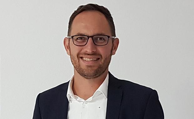 Druckindustrie: Manuel Dirnhofer, neuer Vertriebsleiter DACH und Geschäftsleitungsmitglied bei der Contentserv AG.