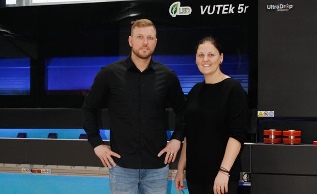 Großformatdruck bei Primus XL EFI Vutek 5r+ Sven Ehrcke Julia Hennig Large Format Printing