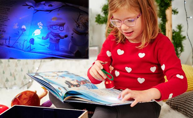 Hooray und Schätzl personalisierte Kinderbücher Glow in the Dark versteckte Geschichte
