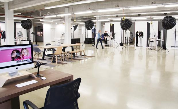 Mediendienstleister: Produktfotografie in den Studios der »eShot AG«.