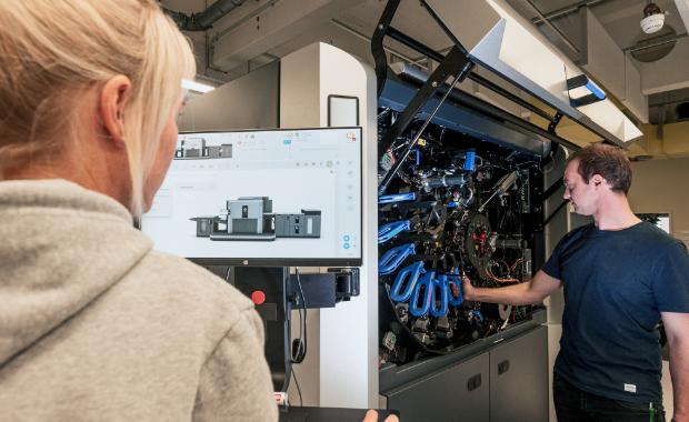 Datev baut Maschinenpark um eine HP Indigo 12000 aus Digitaldruck