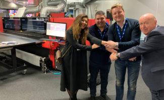 Eco Signs investiert in Großformatdruck-System EFI Vutek 32h
