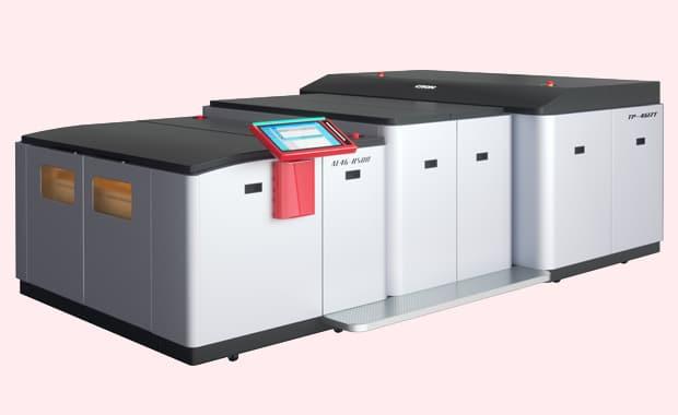 Computer-to-Plate: das neue Modell Cron CTP-4617T mit einem Doppeltrommelsystem und einer maximalen Belichtungskapazität von 68 Platten pro Stunde.