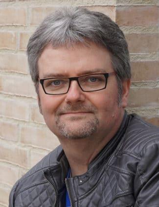 Michael Schüle ist Redakteur für die Fachmagazine Deutscher Drucker und Grafische Palette sowie für die Branchenplattform »print.de«.