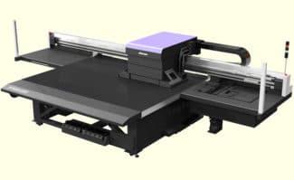Large Format Printing: Mimakis neues Highend-Flaggschiff im großformatigen LED-UV-Flachbett-Inkjetdruck: der JFX600-2513.