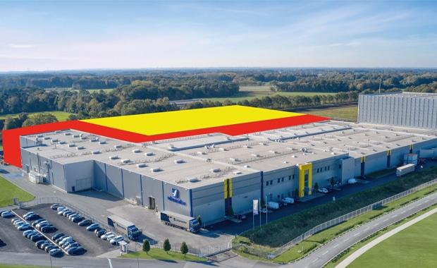 Verpackungsdruck: Schumacher Packaging reagiert auf die steigende Nachfrage nach Wellpappe-Verpackungen, getrieben vom E-Commerce, und baut sein Werk in Greven bis 2022 deutlich aus (siehe farbige Flächen im Bild).